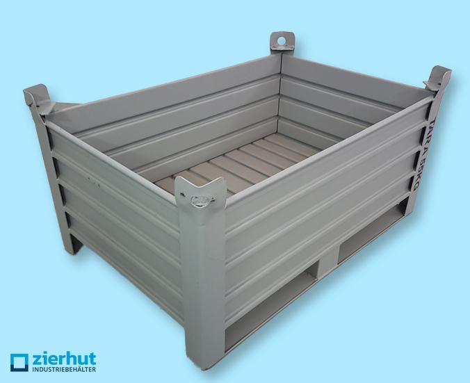 Stapelbehälter aus Stahl mit Kufen